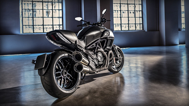 Diavel-Carbon_diseno