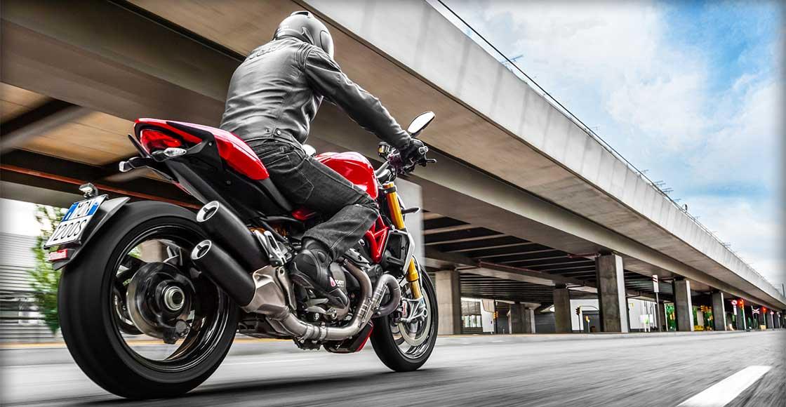 DucatiBarcelona Monster 1200 S